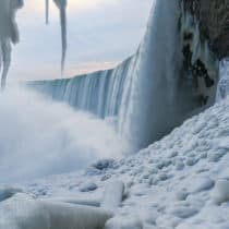 Die <span>bildschöne Kälte</span> der Niagarafälle