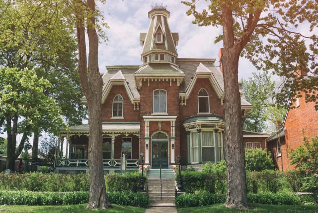 Prächtige Villa in ruhiger Straße in Kingston