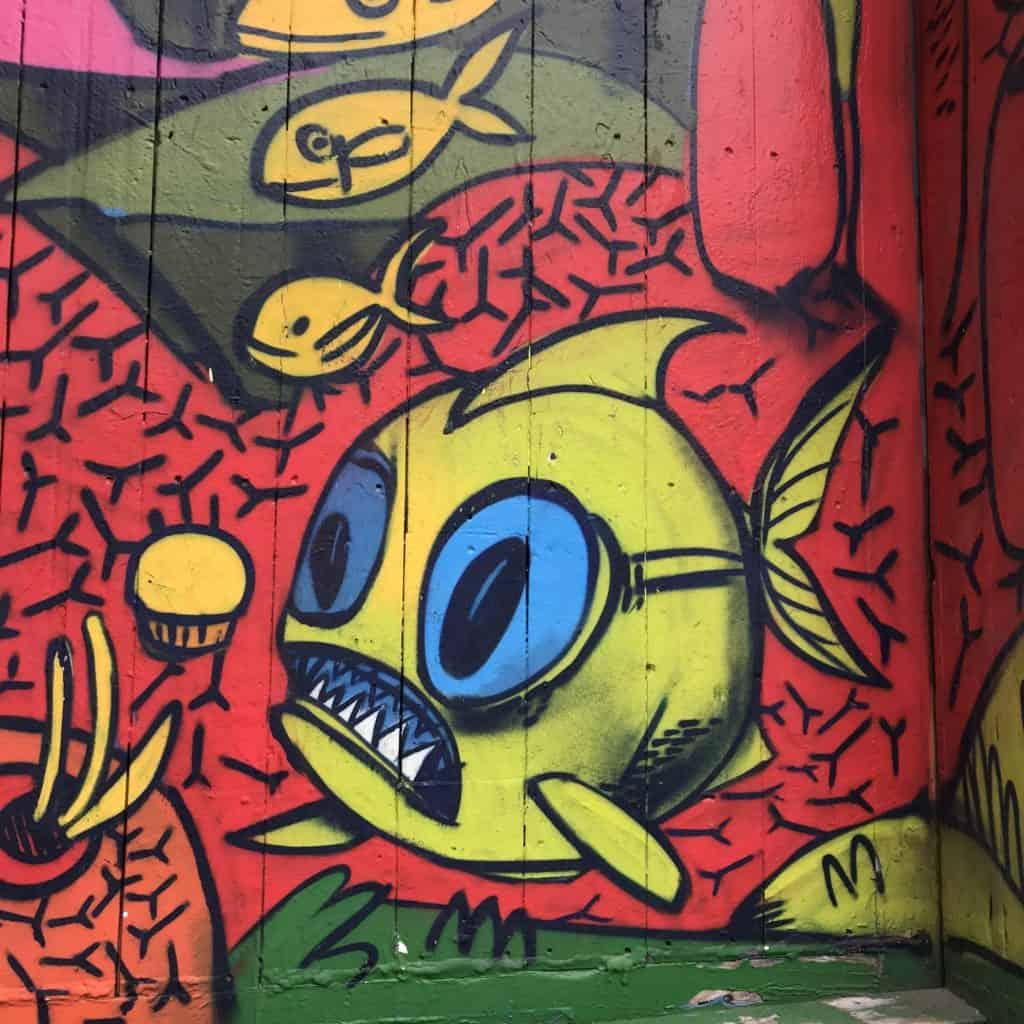 Kugelfisch von uber5000 in der Garffiti Aley in Toronto