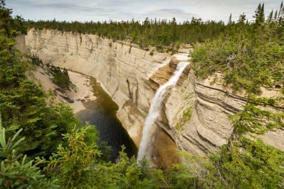 Wasserfall auf Anticosti Island, Quebec, Kanada