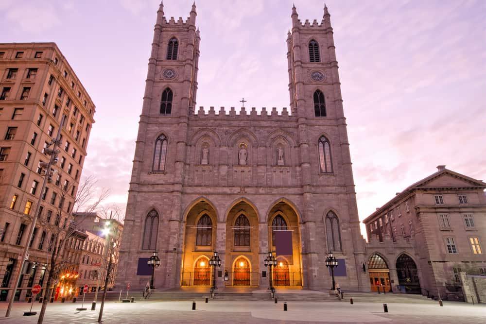 Basilika Notre-Dame Montreal von außen