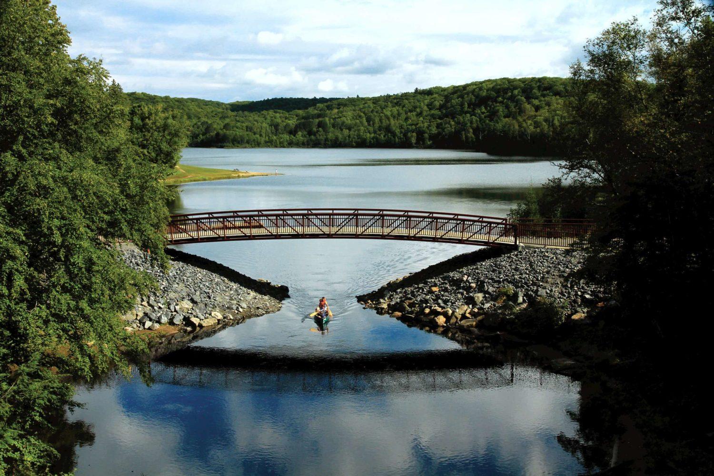 Brücke im Arrowhead Provincial Park