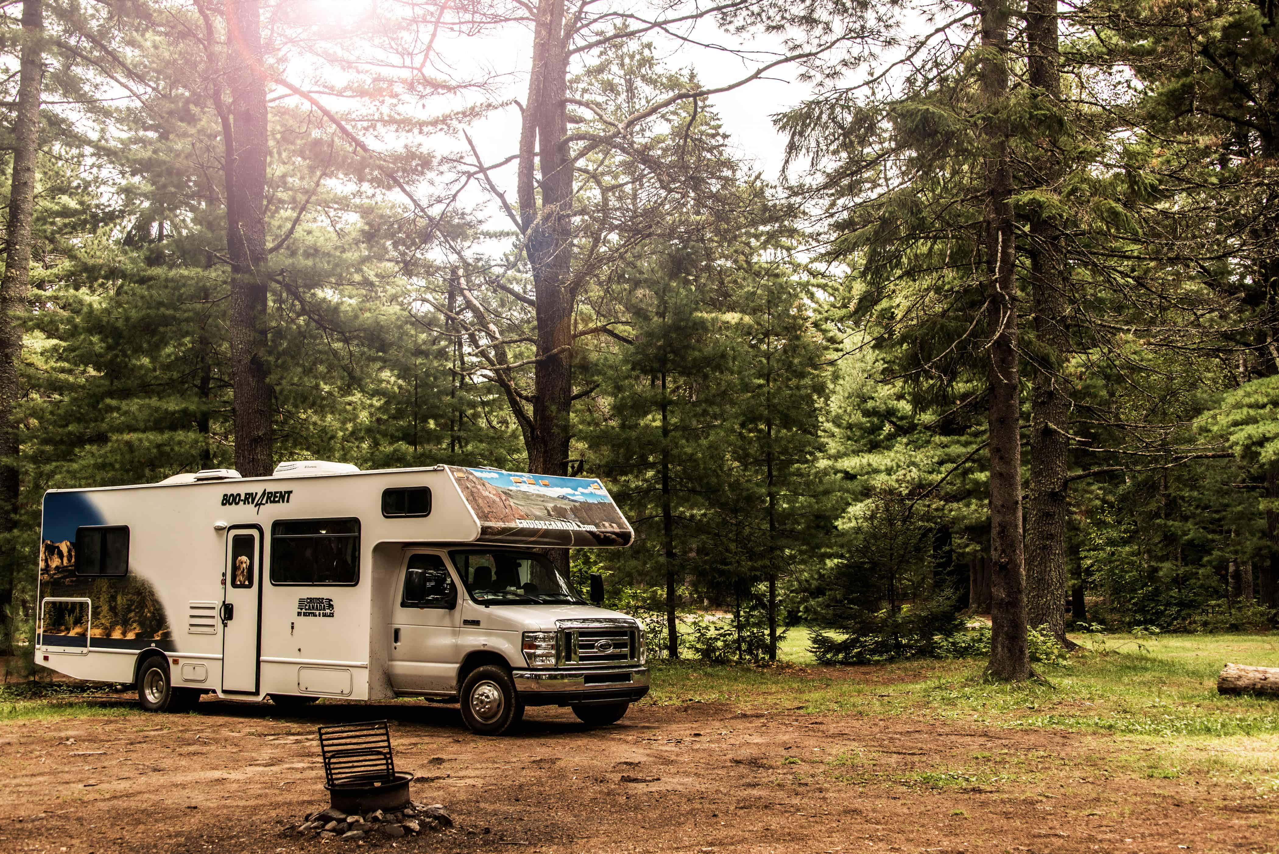 Wohnmobil auf Campingplatz, Cruise Canda
