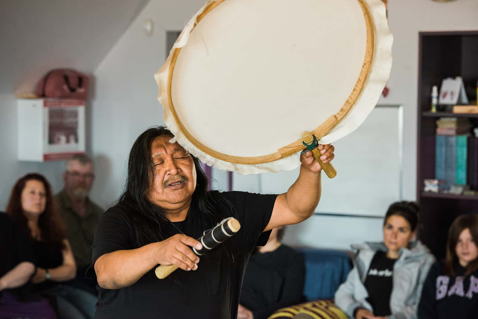 Inuk artist and drummer Mathew Nuqingaq demonstrates the 'quilat', a traditional inuit drum, during an Inuit drum dance Workshop at the Alianait Arts Festival in Iqaluit, Nunavut, Canada. July 2, 2017.