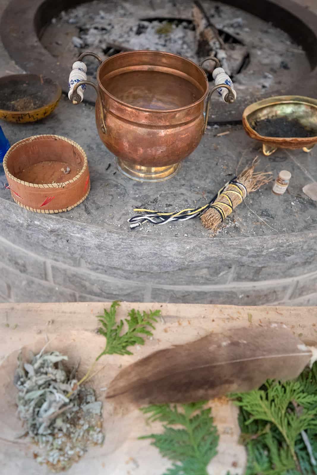 Zutaten für eine Smudge Zeremonie der First Nations