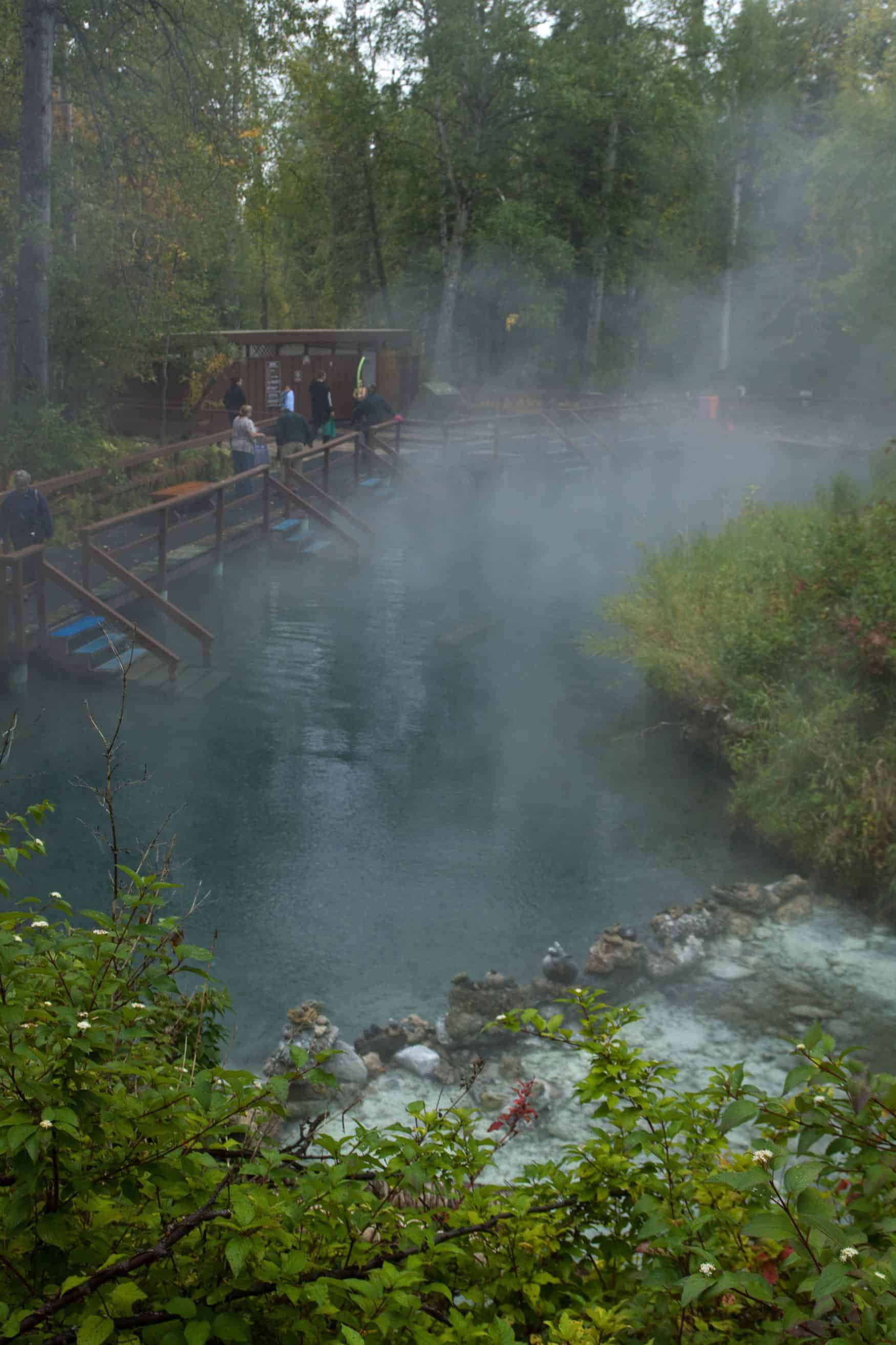 natürliche heiße Quellen in Liard Hot Springs, British Columbia, Kanada