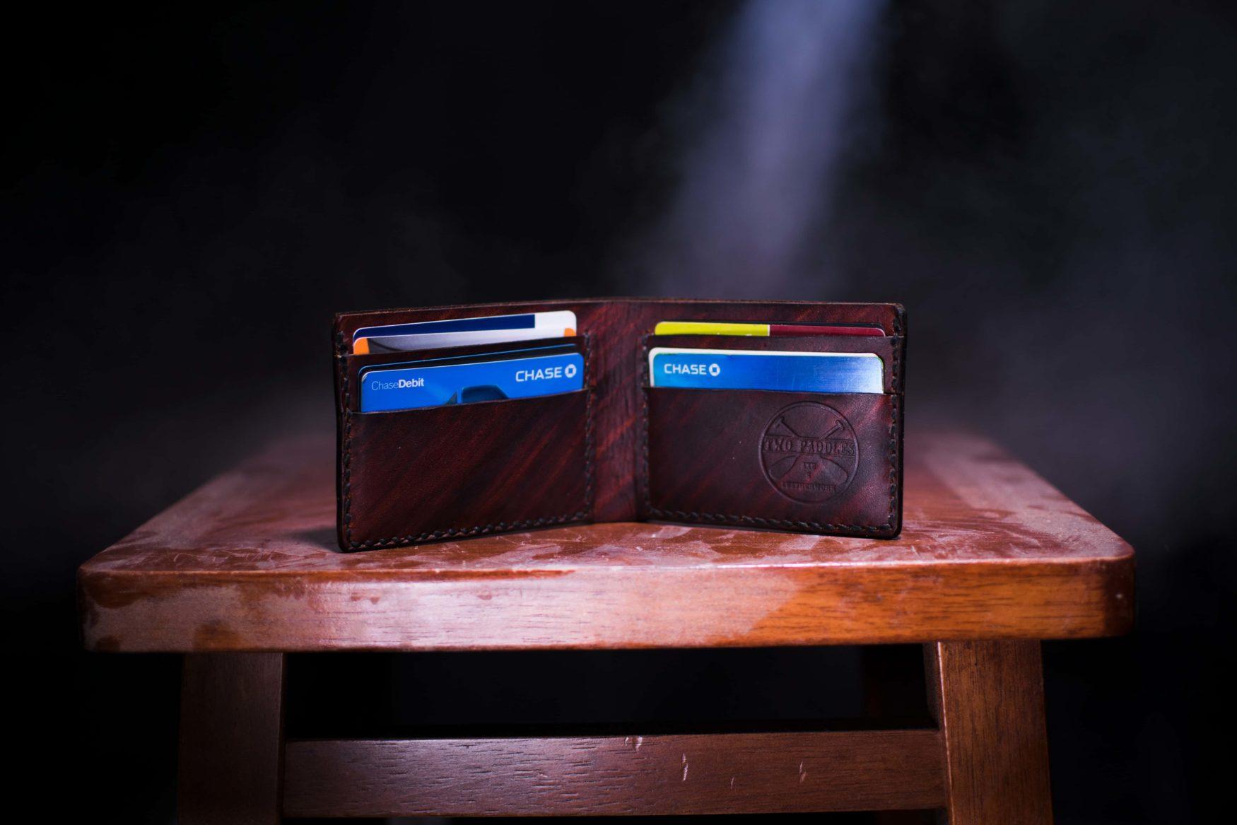 Brieftasche mit Kreditkarten
