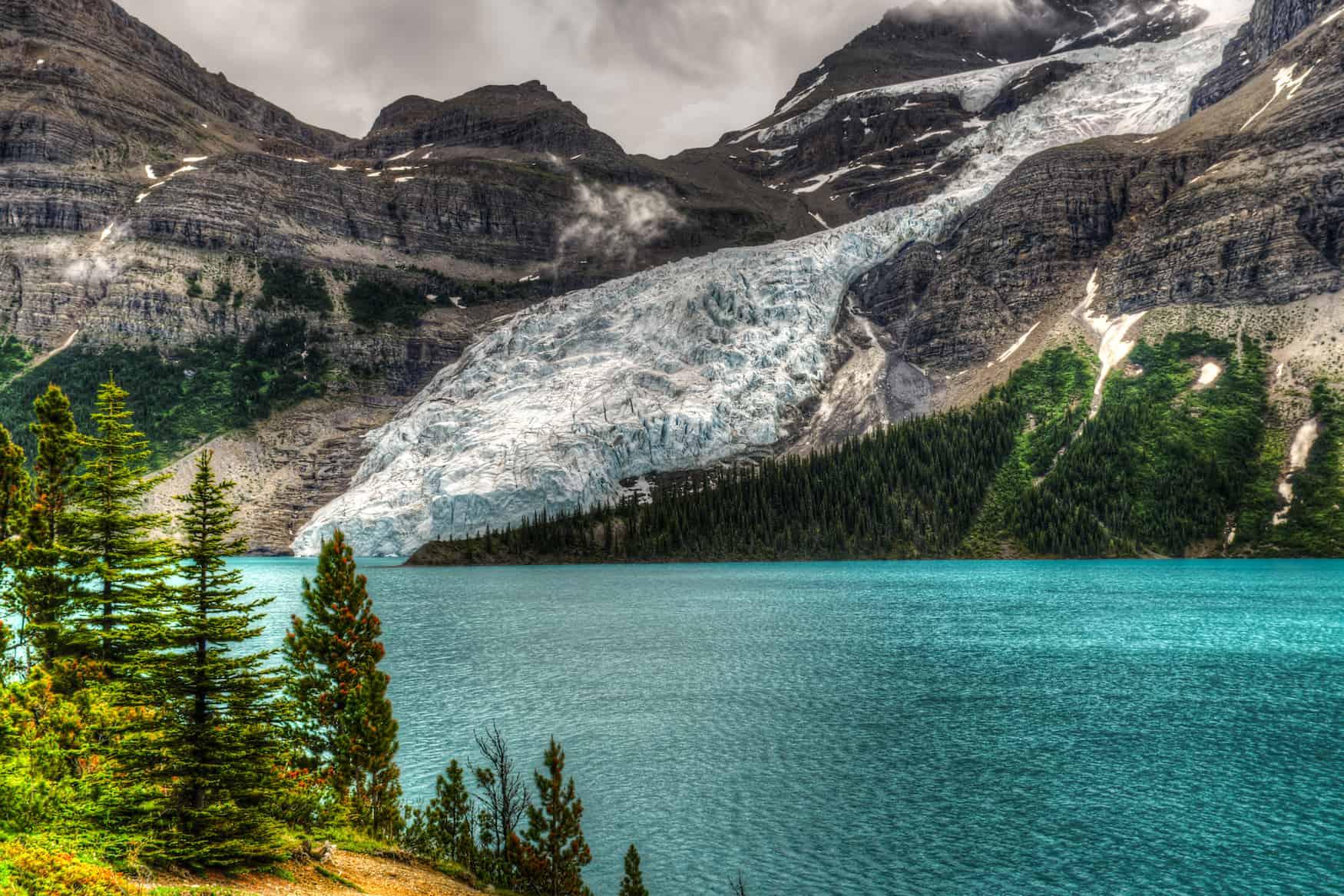 Berg Lake, Mount Robson Provincial Park, British Columbia