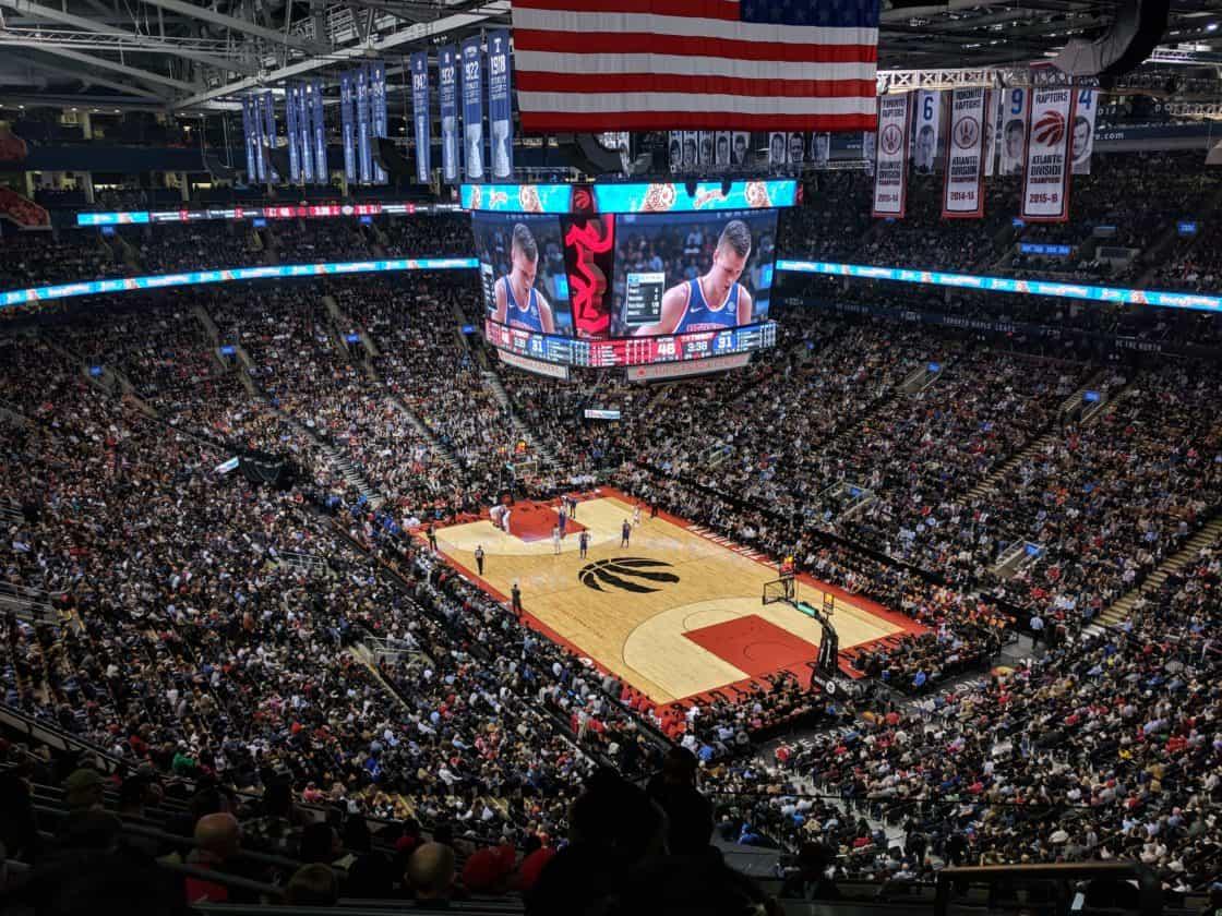 Raps/Raptors gewinnen das erste mal den NBA Titel.