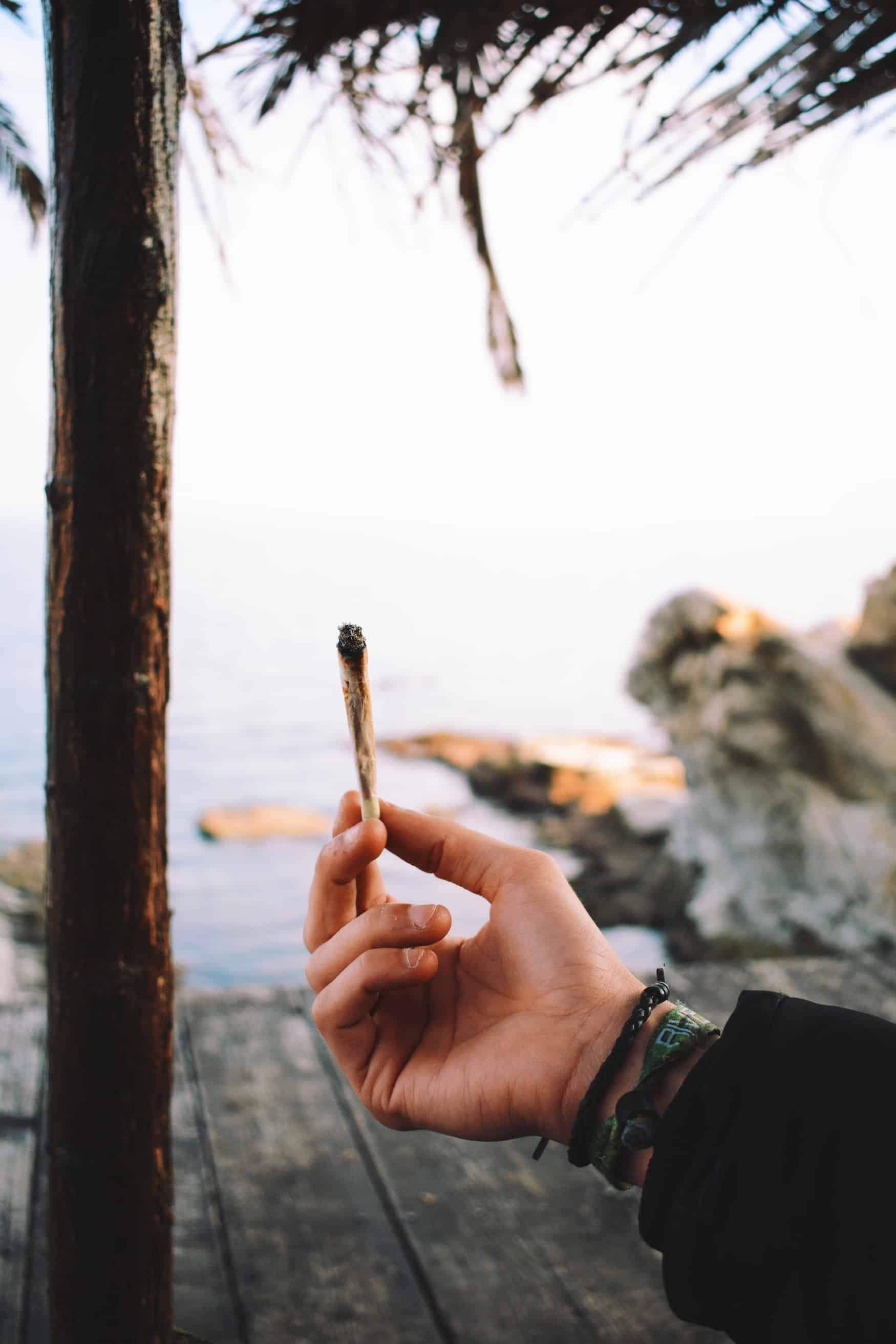 Einen Joint in der Öffentlichkeit rauchen in Kanada